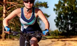 women-on-bike-PF34593-o2nfhtlswixfzvrxjd249wb9v27xlw0vcjzuh42dek